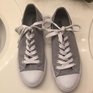 Shoes - Grey tennis shoes